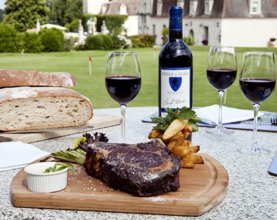 """DEJEUNER AU """"CHAI"""" Une des plus belles terrasses de Dordogne"""